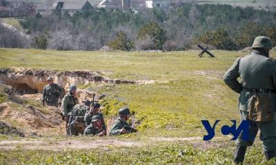 Бреющий полет: под Одессой прошла зрелищная военная реконструкция (фото, видео) «фото»