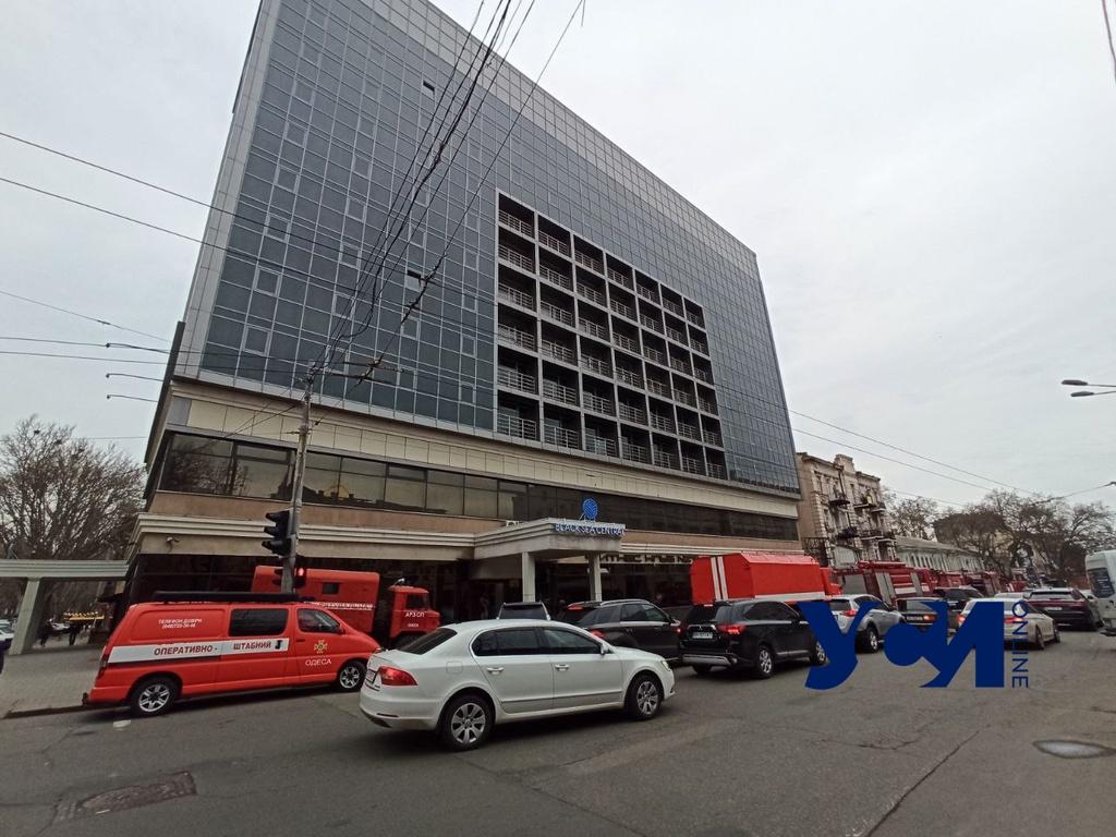 В одесской гостинице «Черное море» произошел пожар (фото) «фото»