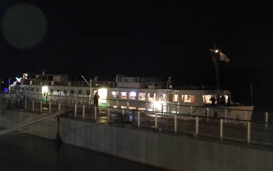 В Измаиле пришвартовался круизный теплоход под флагом Голландии (видео) «фото»