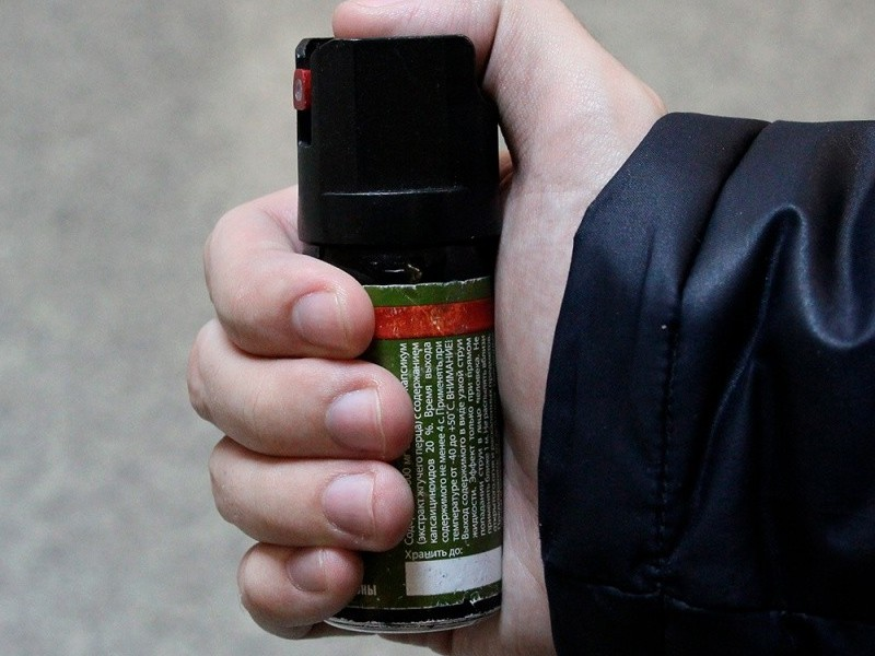 ЧП в одесской школе: ученик распылил перцовый баллончик в лицо учительнице (Обновлено) «фото»