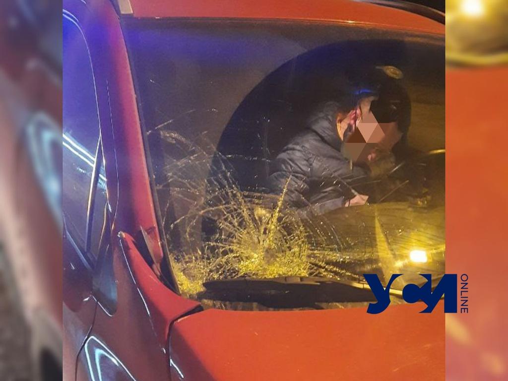 На Таирова под колеса легковушки попал пешеход «фото»