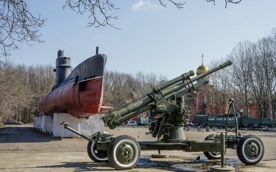 Историческая прогулка по мемориалу 411-й батареи: когда появились подлодка, танки и орудия (фото) «фото»