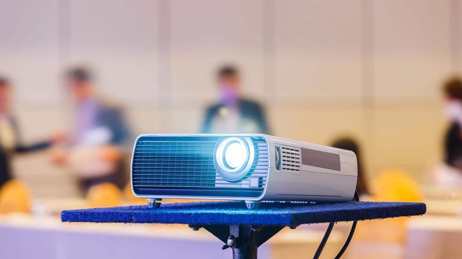 Больше миллиона гривен потратят на закупку телеоборудования для школ Раздельнянского района «фото»