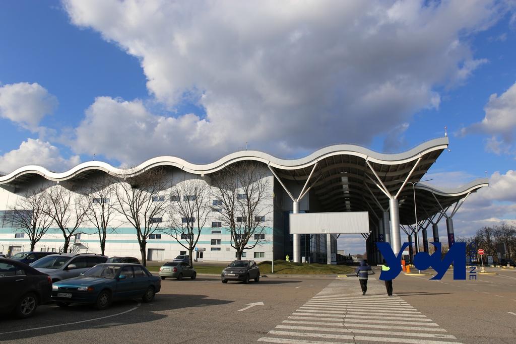 Аэропорту «Одесса» передадут 42 гектара под рулежную дорожку «фото»