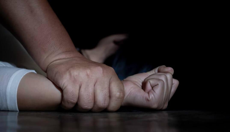 Приставил нож: одесситка заявила об изнасиловании «фото»