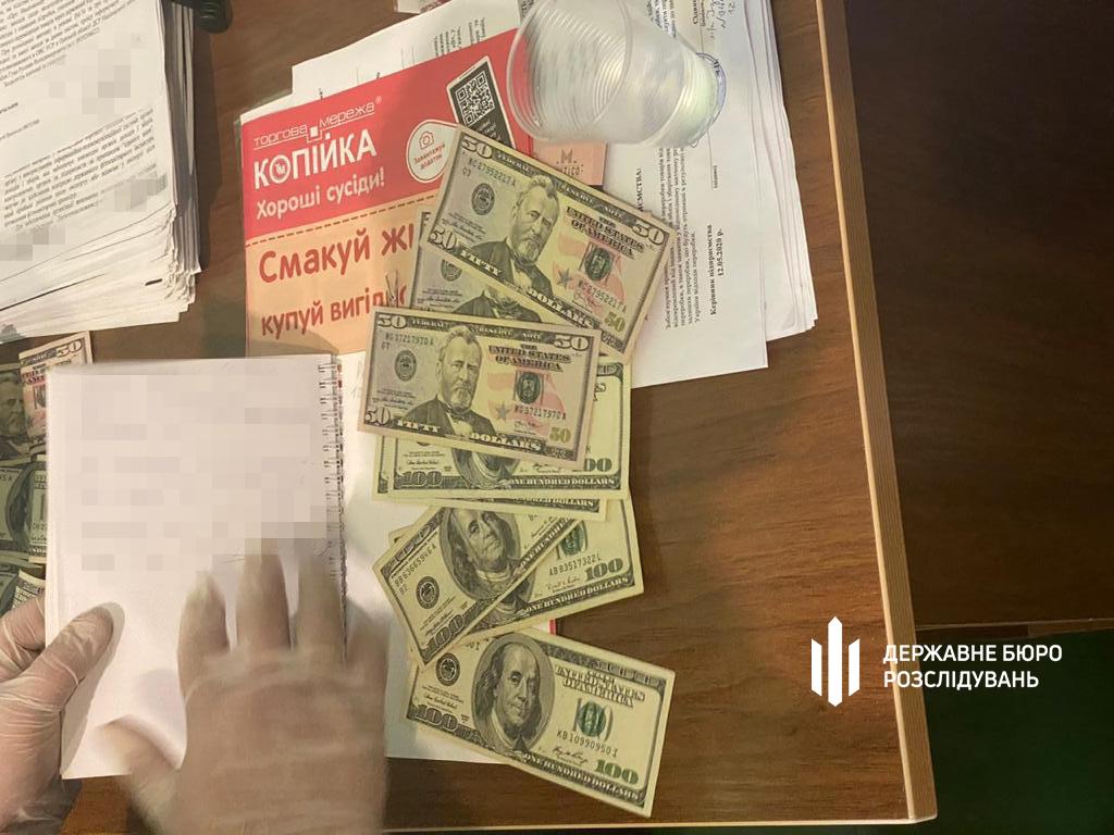 Таможенников из Одесской области будут судить за взятки при растаможке «евроблях» (фото) «фото»