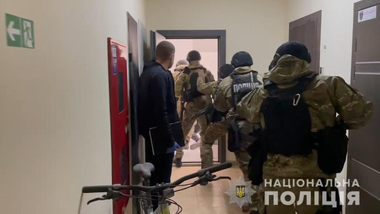 Похищение и пытки иностранцев: одесская полиция задержала четверых подозреваемых(фото) «фото»