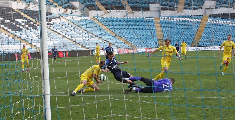 «Черноморец» обыгрывает «Полесье» и укрепляется на втором месте «фото»