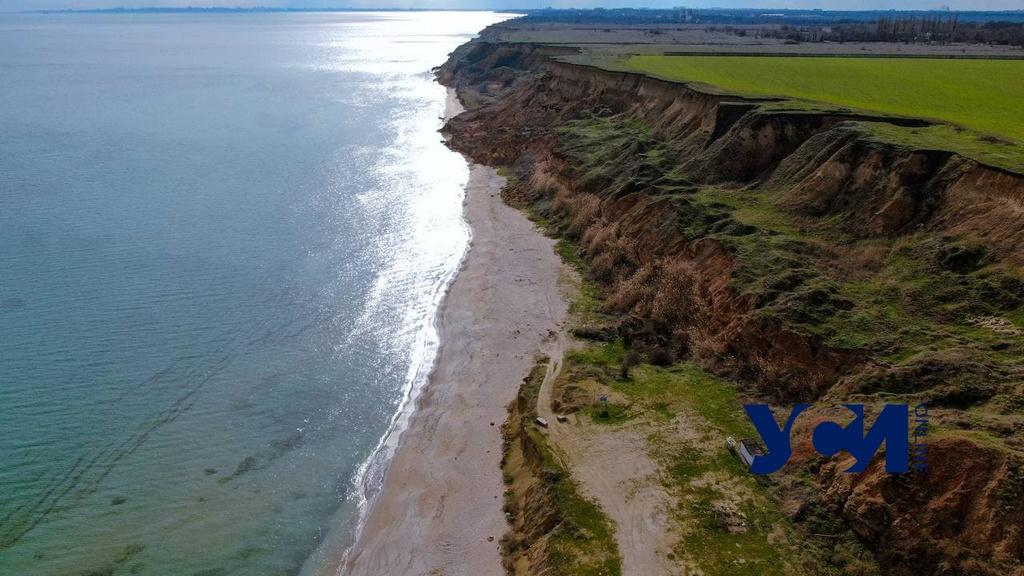 Дикие пляжи: пустынный берег Григоровки с высоты птичьего полета (фото) «фото»