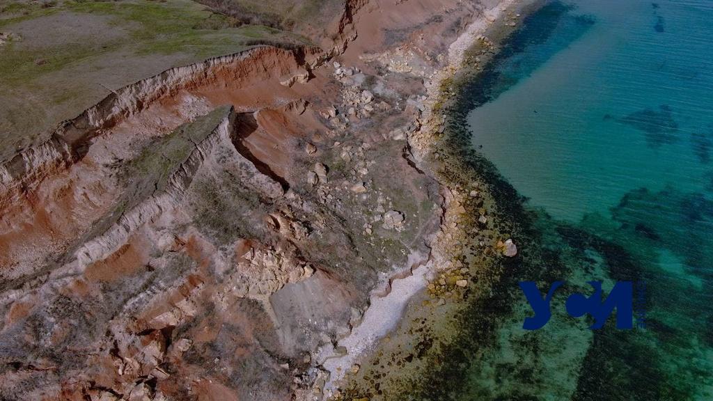 Дикие пляжи: бирюза одесского моря на безлюдном побережье (фото, видео) «фото»