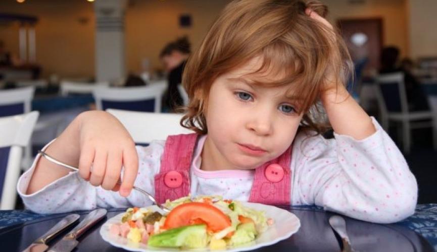 В Одесской области детей в садиках кормили просроченной едой (аудио) «фото»