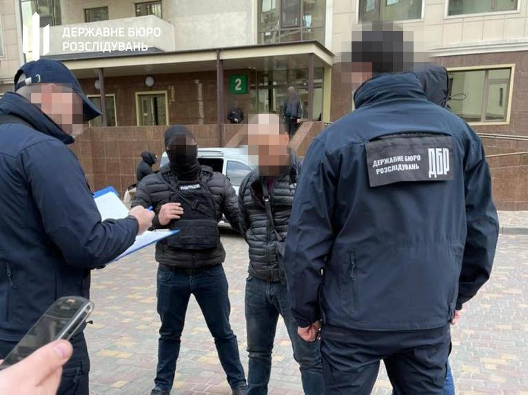 На взятке задержан оперуполномоченный одесской полиции «фото»