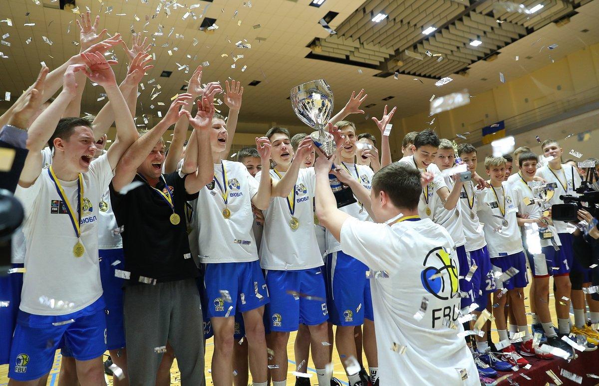 Молодые одесские баскетболисты выиграли чемпионат Украины среди юношей (фото) «фото»