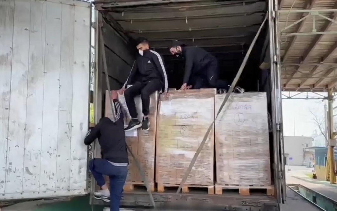 В фуре под Одессой нашли троих нелегалов (фото) «фото»