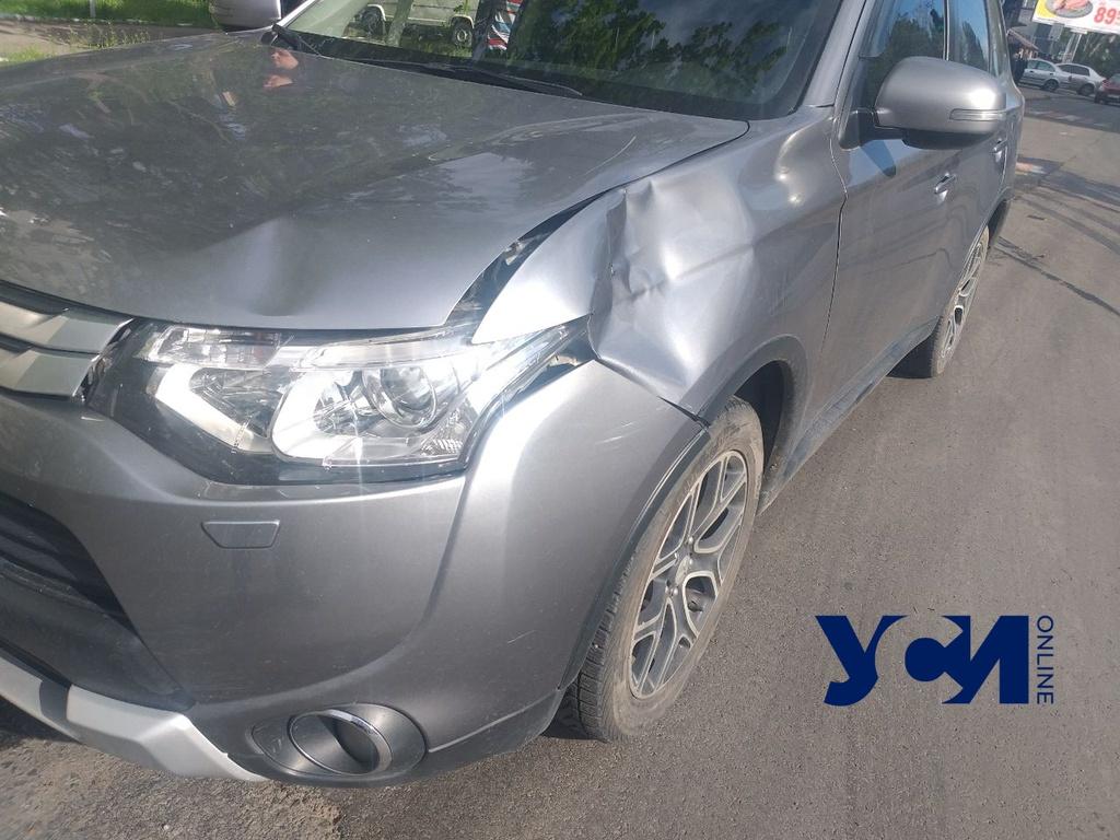 Перебегал дорогу: в Одессе сбили подростка (фото) «фото»