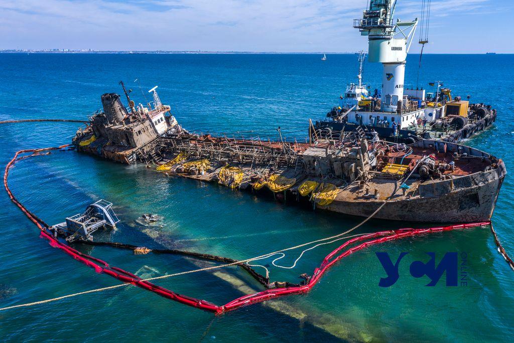 Злополучный танкер Delfi теперь принадлежит государству «фото»