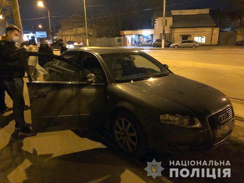 Одессит с подельником ограбили киевлянина на почти 5 миллионов (фото, видео) «фото»