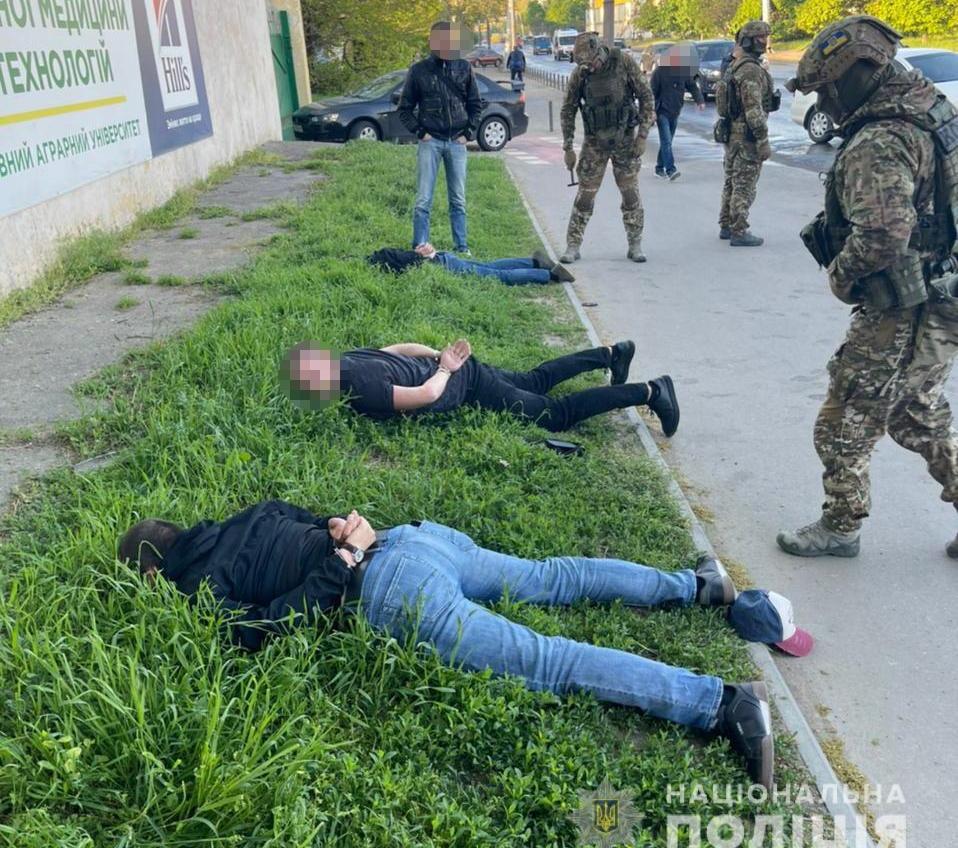 В Одессе задержали банду, которая под видом таксистов грабила горожан (фото, видео) «фото»