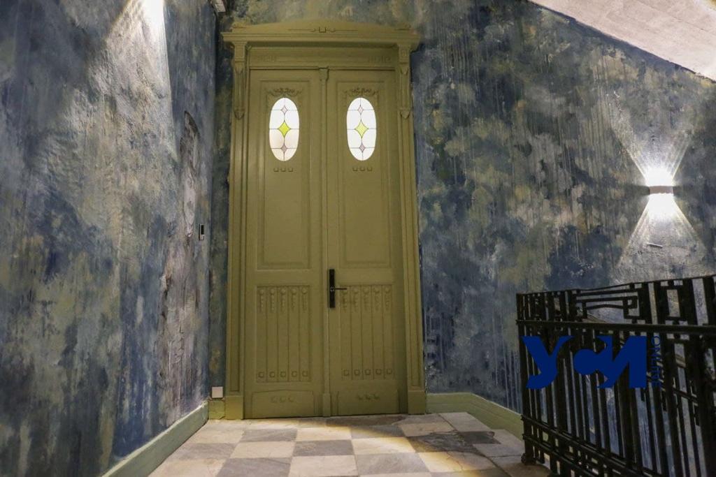 В центре Одессы восстановили еще одну старинную дверь (фото) «фото»