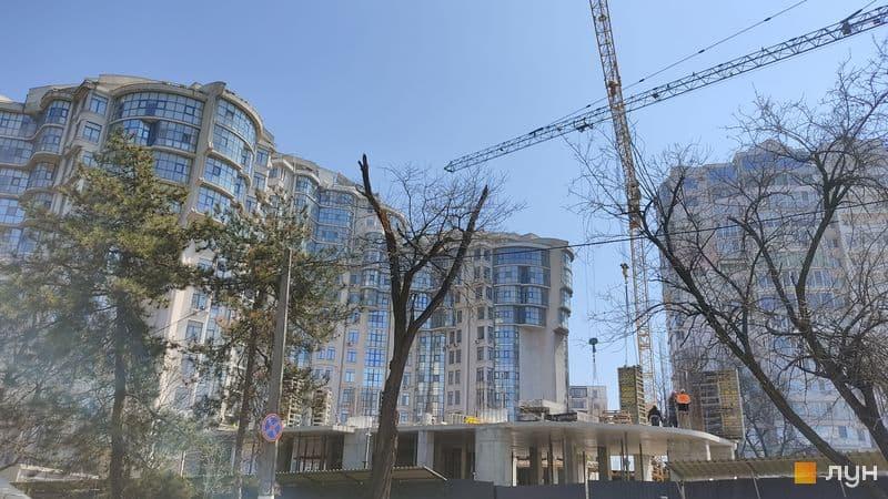 Суд остановил депутатскую стройку на месте кортов на Лидерсовском бульваре (фото, аудио) «фото»