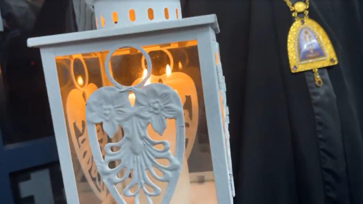 В Одессу доставили благодатный огонь «фото»