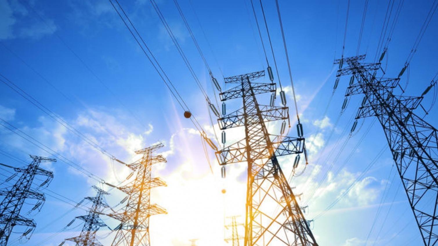 Тарифы на электричество в Украине не вырастут минимум до августа «фото»
