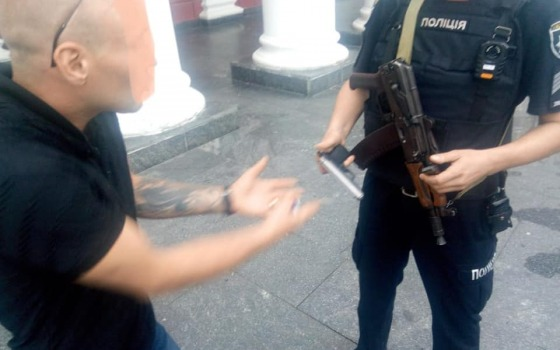 Последствия семейной ссоры: одессит стрелял из пистолета возле мэрии (фото) «фото»