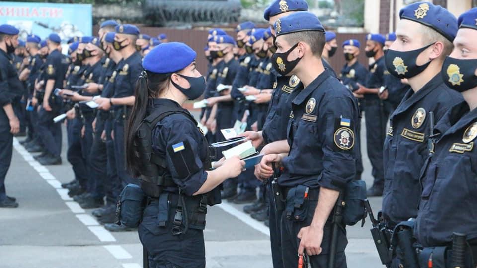 Первая в Украине: в одесской Нацгвардии женщина заступила дежурной военного наряда (фото) «фото»