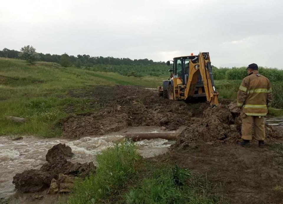 В Одесской области спасатели продолжают откачивать воду (фото) «фото»