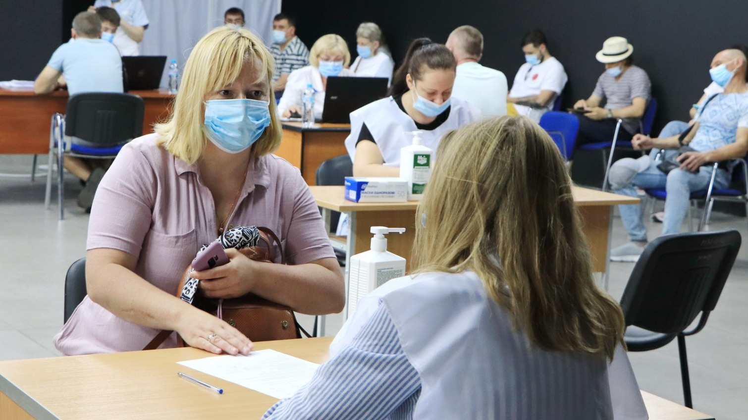 В Одессе прошла третья массовая вакцинация: очередей уже нет (фото) «фото»
