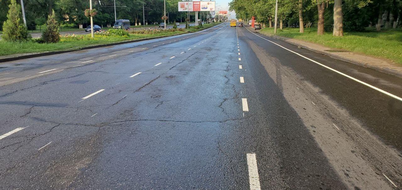 На Люстдорфской дороге выделили полосу для велосипедистов (фото) «фото»