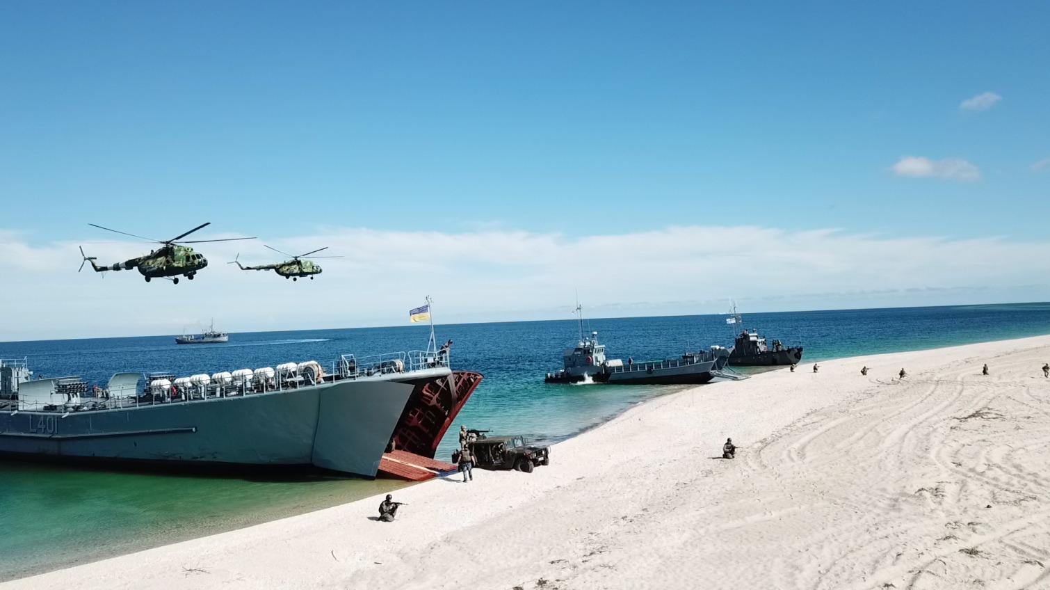 Оборона от катеров и бой за высадку: в Черном море прошли учения ВМС (фото) «фото»