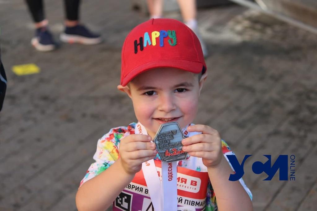 Пробежал на беговеле: 4-летний одессит установил рекорд на полумарафоне (фото, аудио) «фото»