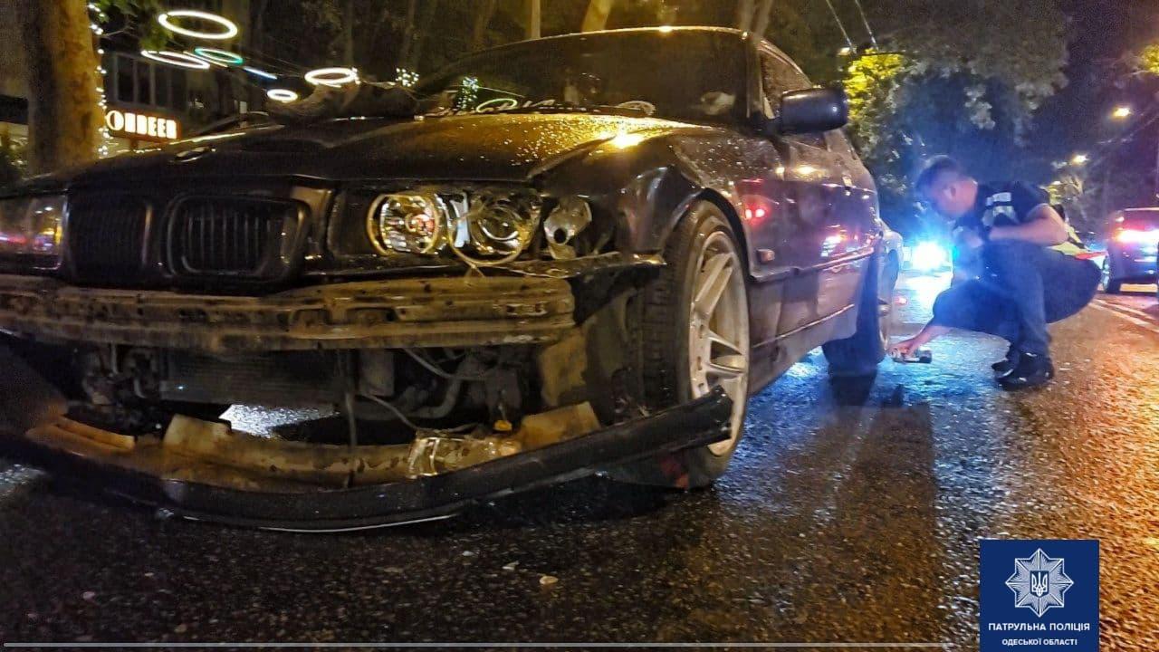На проспекте Шевченко двойное ДТП: пострадал водитель мопеда (фото) «фото»