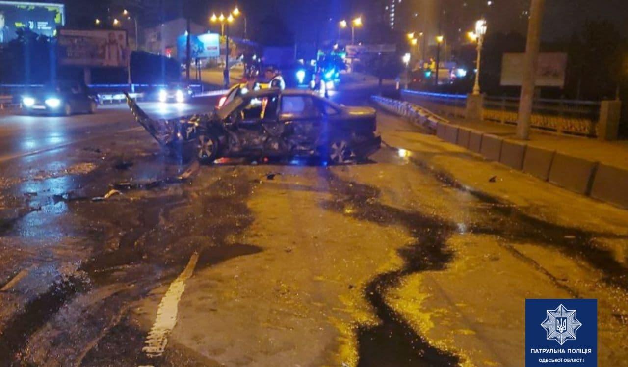 В Одессе возле автовокзала произошла авария (фото) «фото»