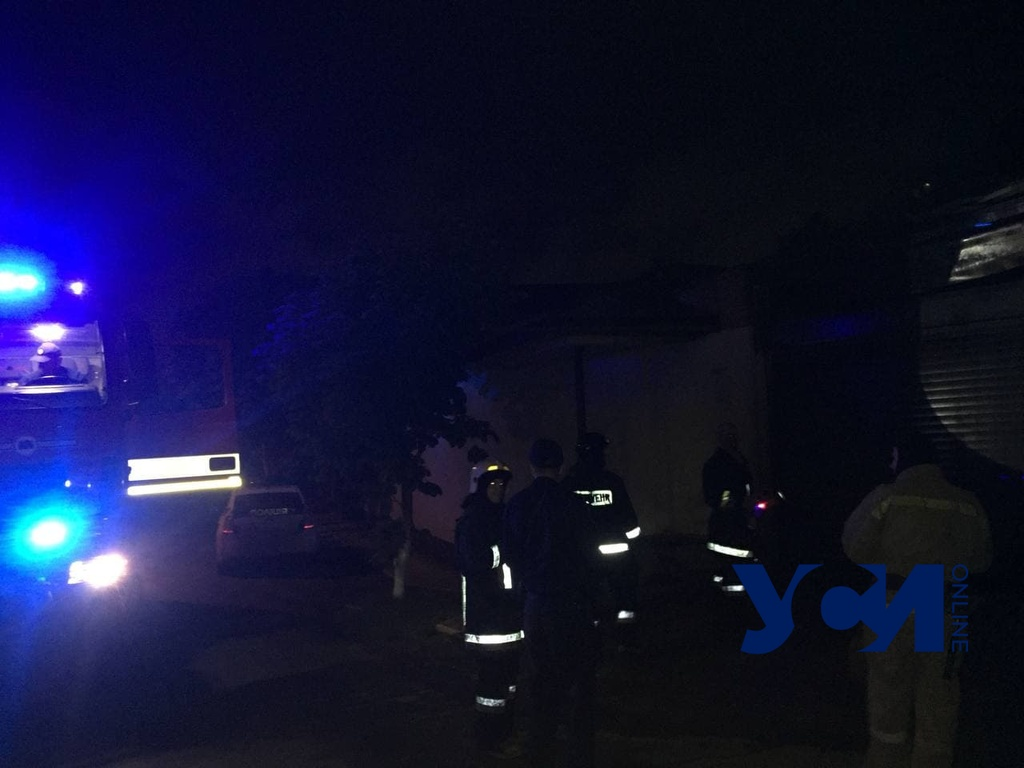Одесскому активисту подожгли гараж (фото, аудио) «фото»