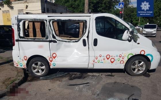 ДТП на Молдаванке: авто перевернулось, пострадавшие в больнице (фото) «фото»