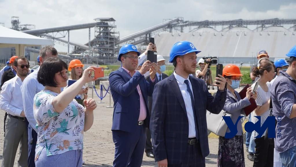 В Одессе торжественно отметили первое прибытие контейнерного поезда из Китая (фото) «фото»