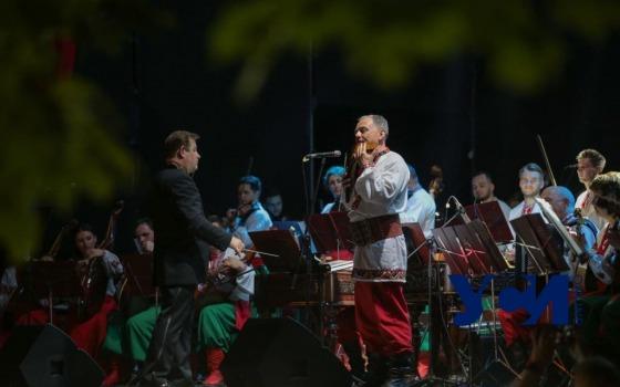 В Одессе на Фолк Фесте «зажег» оркестр НАОНИ (фото, видео) «фото»