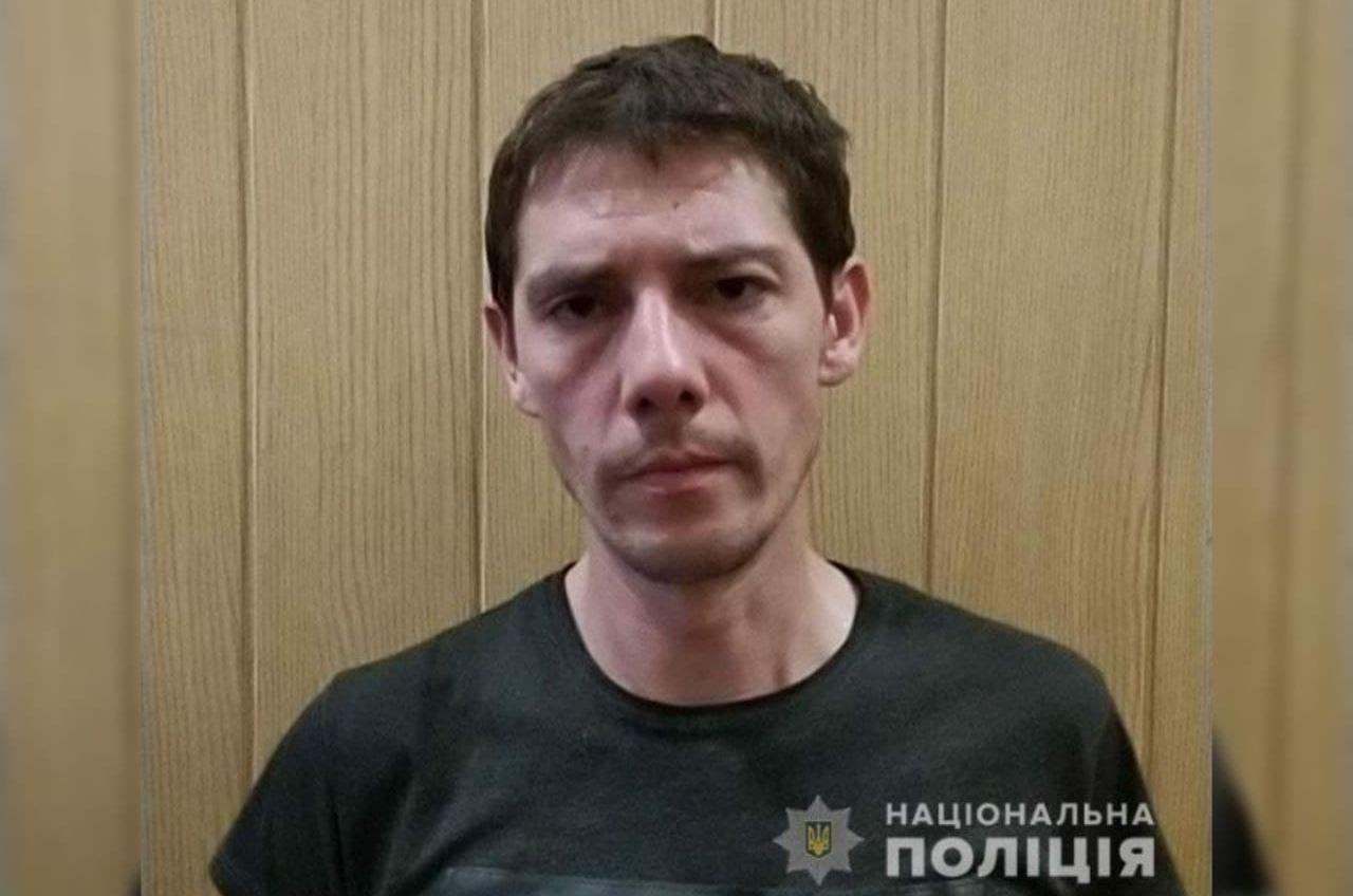 Второй беглец за 3 дня: в Одессе ищут мужчину, сбежавшего от конвоя «фото»