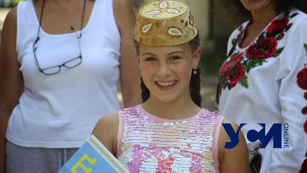 Сигналы и стяги: в Одессе отметили День крымскотатарского флага (фото, аудио) «фото»