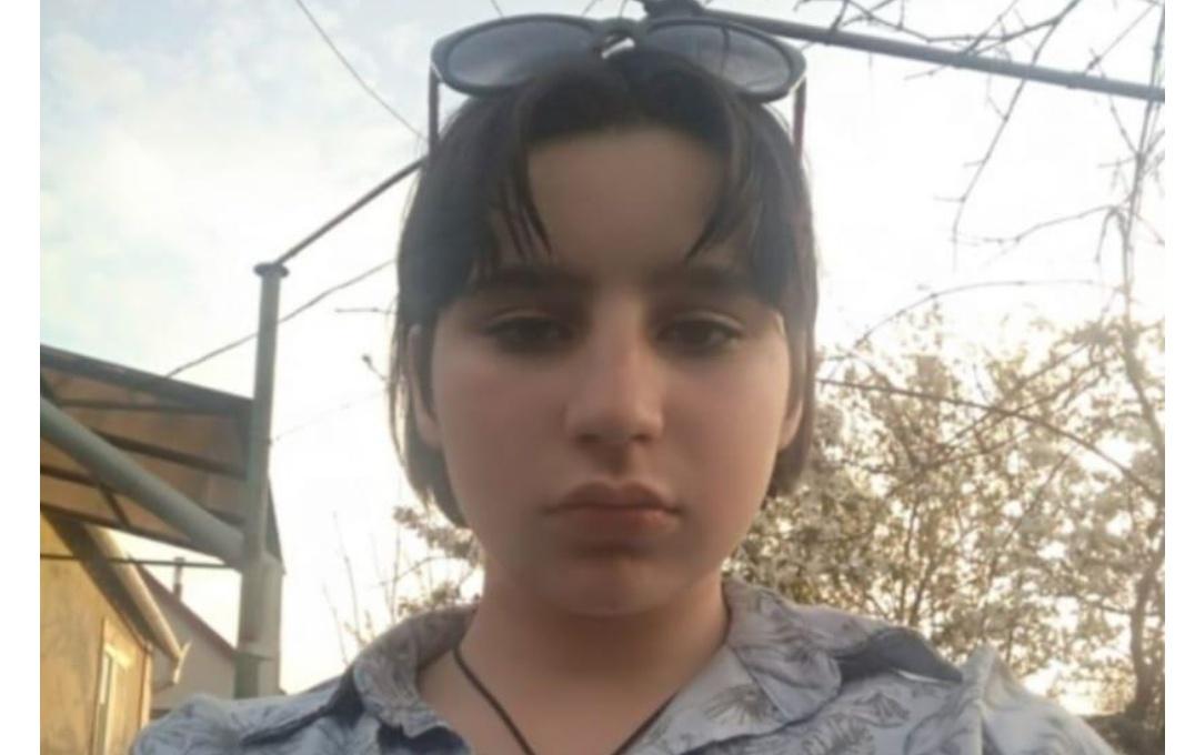 Полиция ищет пропавшую в Одессе 13-летнюю девочку «фото»