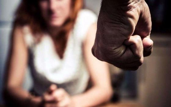 В Одессе грабитель сядет на 7 лет за то, что избил девушку палкой «фото»