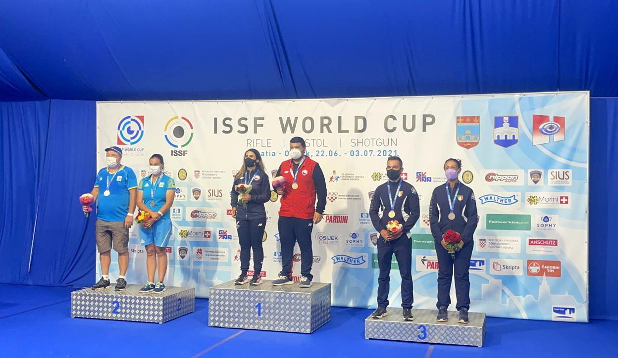 Одесситы забрали серебро на Кубке мира по стендовой стрельбе «фото»