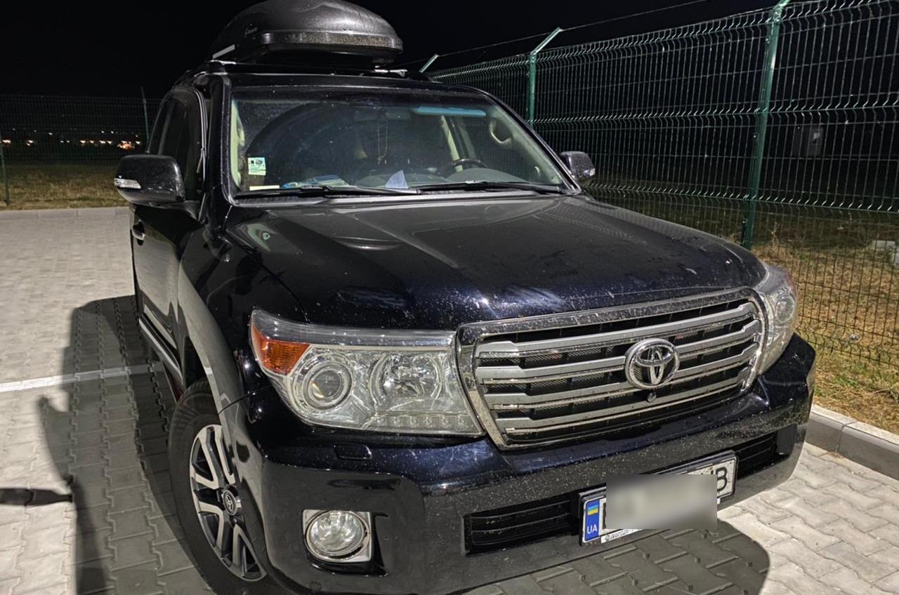 В «Орловке» пограничники обнаружили внедорожник, разыскиваемый Интерполом «фото»