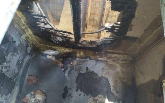 В Одесской области горела библиотека (фото) «фото»