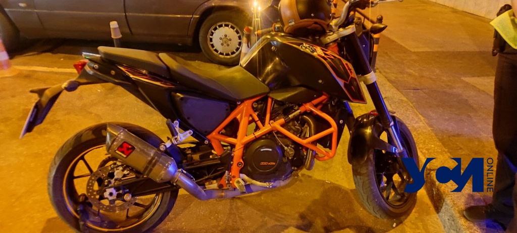 В Аркадии нашли мотоцикл, разыскиваемый Интерполом (фото) «фото»