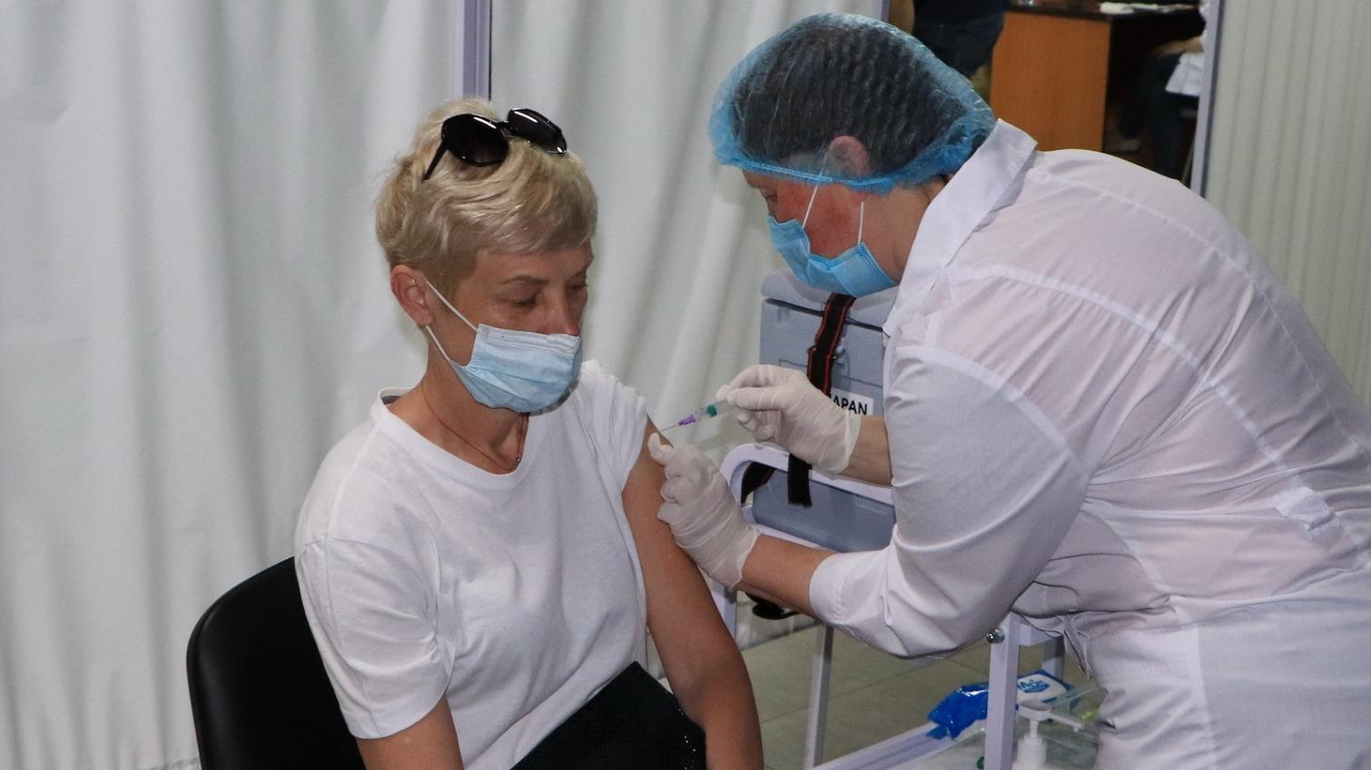 План Минздрава: в Одесской области в сутки нужно вакцинировать 12,5 тысяч человек «фото»