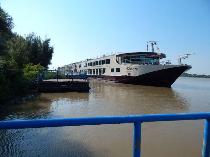 Лайнеры возвращаются: Усть-Дунайский порт принял первое за сезон круизное судно (фото) «фото»