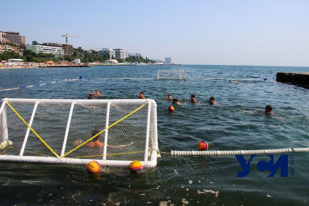 Спортсмен из сборной РФ учил одесситов играть в водное поло (фото) «фото»